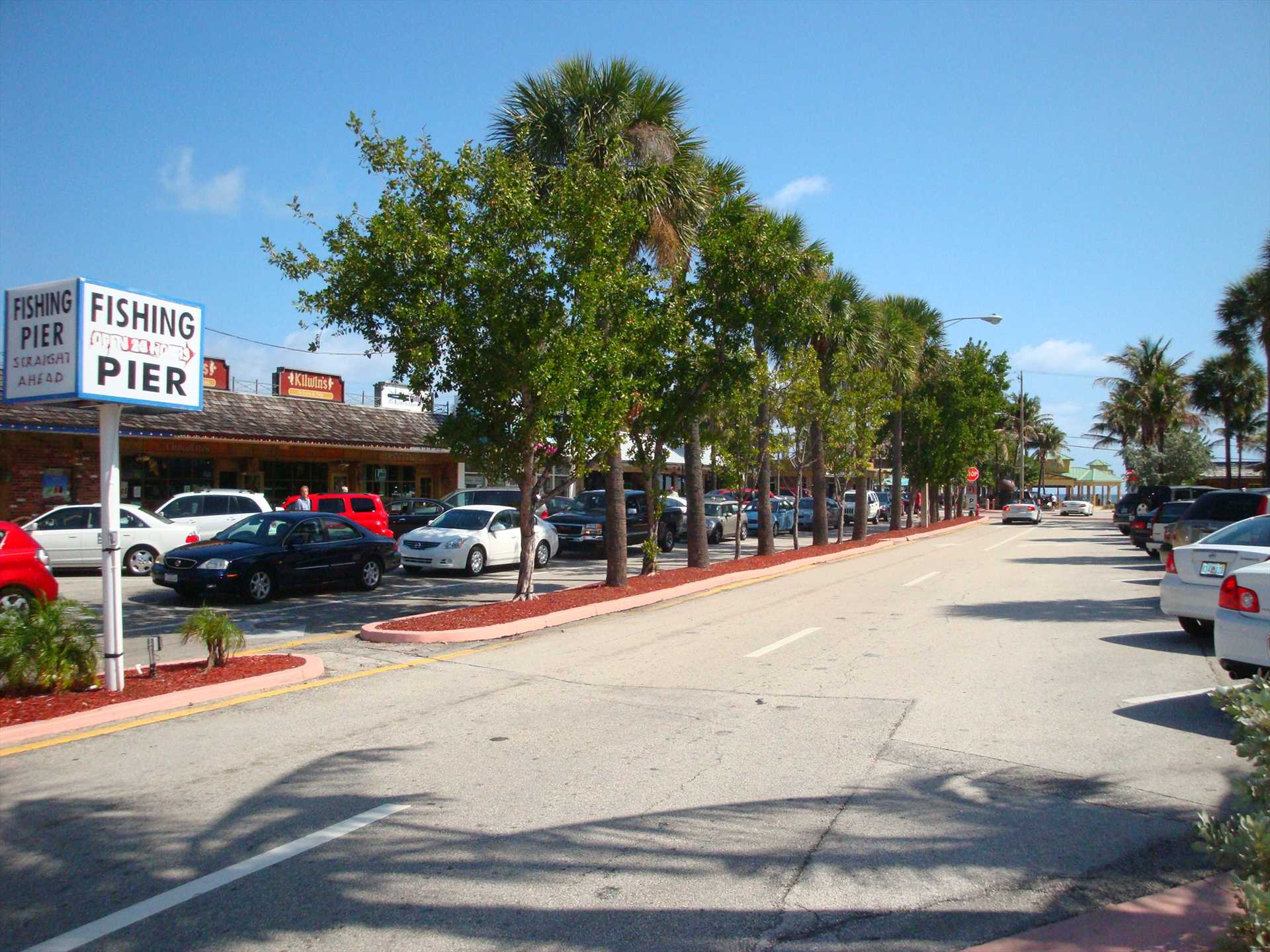 Beach boulevard is lined with reataurants and shops.