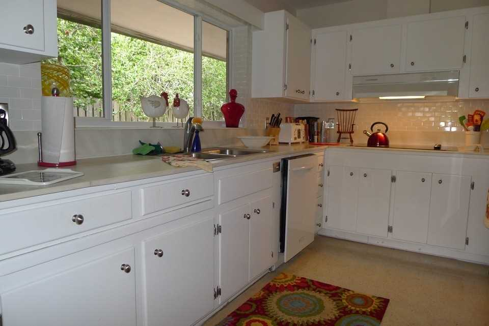 Fully Equipped Kitchen has every appliance plus spice cupboa