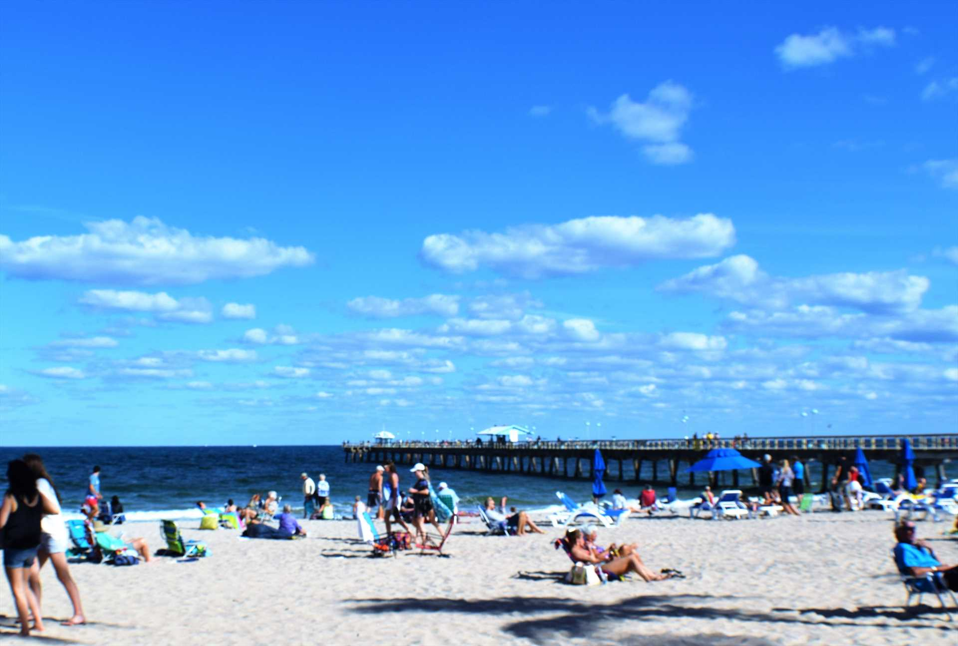 Lauderdale beach is less than a mile away.