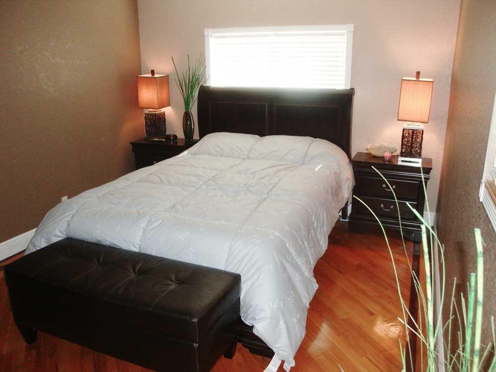 Third bedroom has queen suite.