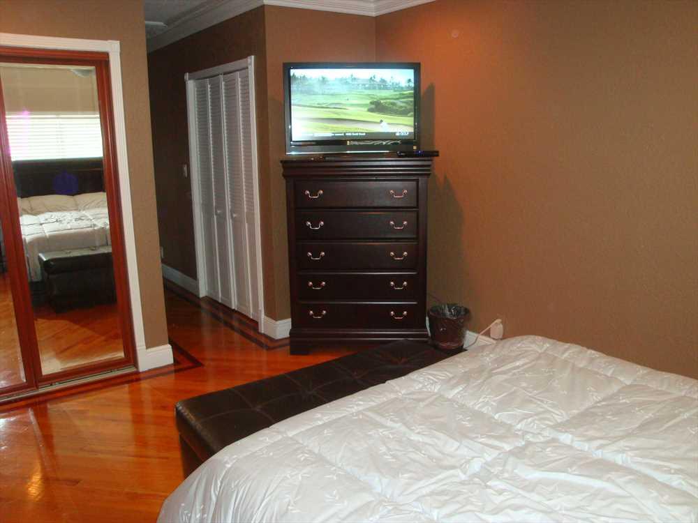 Third bedroom also has HDTV