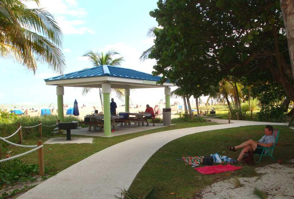 Spend the day at one of the pavillions that line Pompano's B