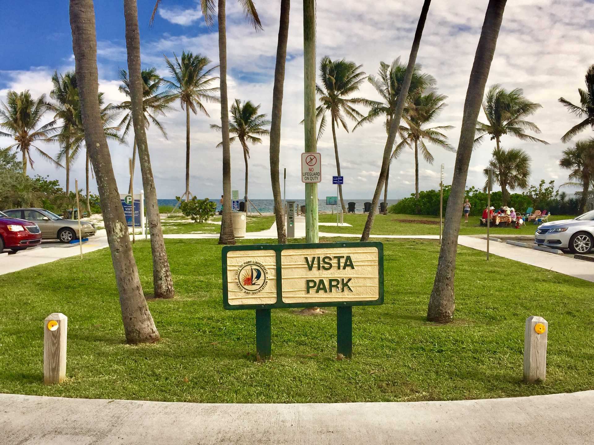 One of the main beach entrances of Vista Park is just one ha