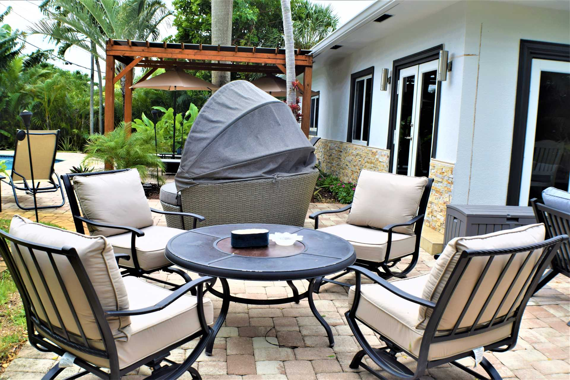 Dine poolside and experience the South Florida lifestyle